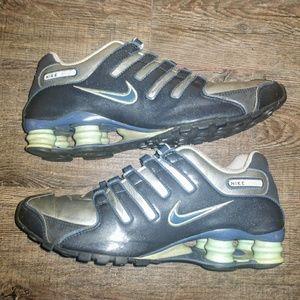 Men's Nike shox size 8